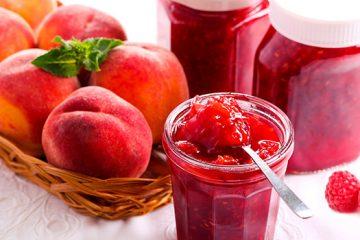 Delicious Raspberry and Peach Jam | ultimatefoodpreservation.com