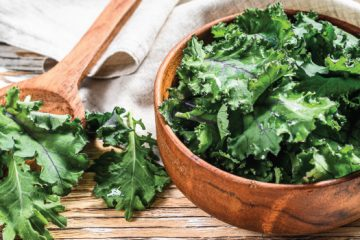 6 Things To Know If You Wonder How To Freeze Kale | ultimatefoodpreservation.com