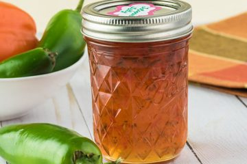 This Basic Jalapeno Jelly Has All The Heat You Could Need | ultimatefoodpreservation.com