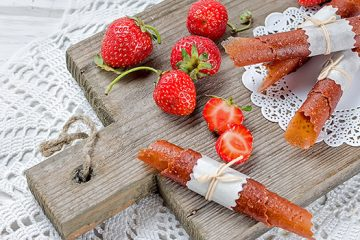 Have You Made Your Own Strawberry Leather Yet? | ultimatefoodpreservation.com