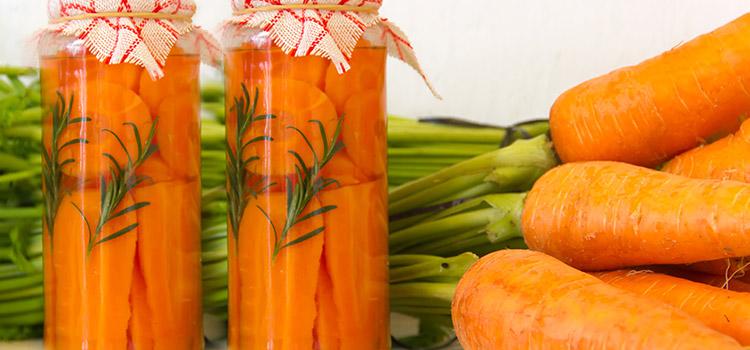 Enjoy Oil-Preserved Carrots As A Delicious Versatile Snack!   ultimatefoodpreservation.com