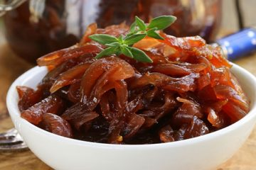 Caramelized Onion Chutney That Will Never Cease To Surprise You [Recipe] | ultimatefoodpreservation.com